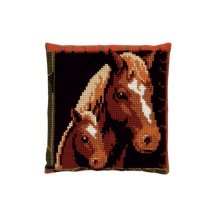 003.085 Подушка Pako 'Лошадь с жеребенком', 40х40 см