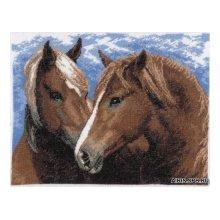 605 Набор для вышивания Hobby&Pro 'Пара лошадей', 30х22 см